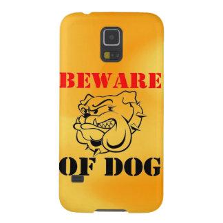 El mascota de la advertencia del perro se guarda carcasas de galaxy s5