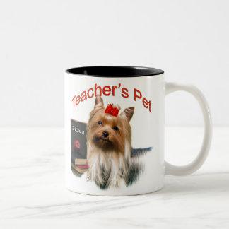 El mascota del profesor es un Yorkie Taza De Dos Tonos