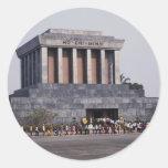 El mausoleo de Ho Chi Minh en el cuadrado de Dinh Etiquetas Redondas