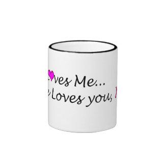 Él me ama taza de café