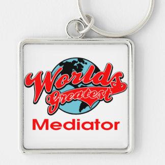 El mediador más grande del mundo llavero cuadrado plateado