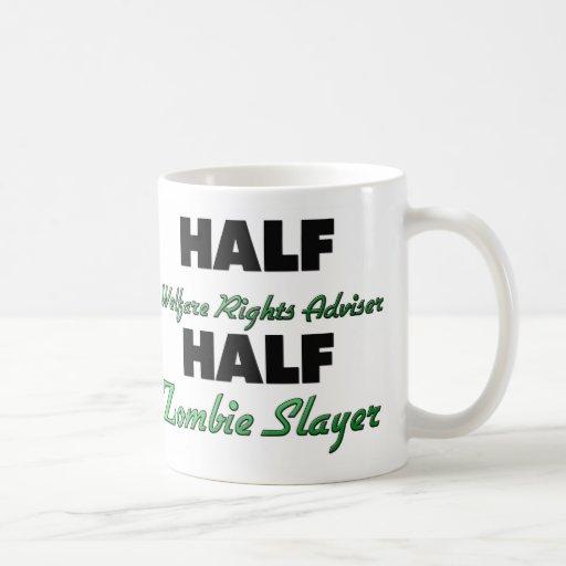 El medio bienestar endereza al medio asesino del z taza de café