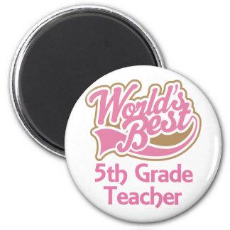 El mejor 5to profesor del grado de los mundos rosa imán de frigorífico