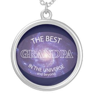 El mejor abuelo del universo colgante redondo