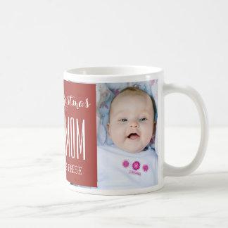 El mejor rojo de la taza del navidad de la mamá de