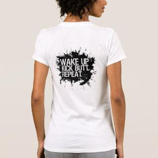 El melanoma despierta la repetición del extremo de camisetas