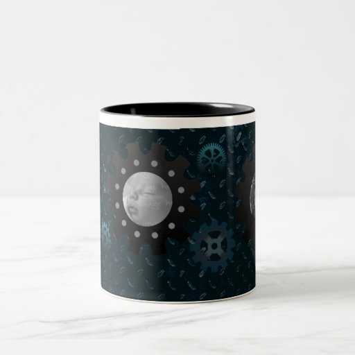 El metal azul adapta la taza de la foto