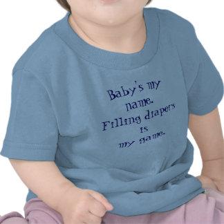 El mi nombre del bebé El relleno de los pañales e Camisetas
