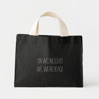 El miércoles llevamos diseño negro del lema bolsa tela pequeña