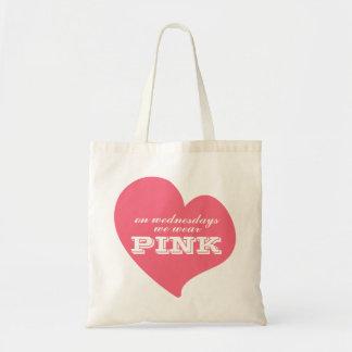 El miércoles llevamos el tote rosado del corazón bolsas