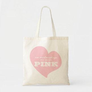 El miércoles llevamos el tote rosado del corazón bolsa de mano