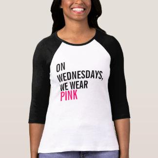 El miércoles, llevamos la camiseta rosada polera