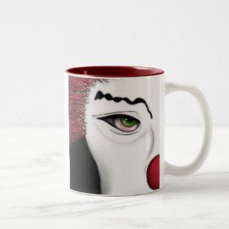El mirar a escondidas de la belleza taza de dos tonos