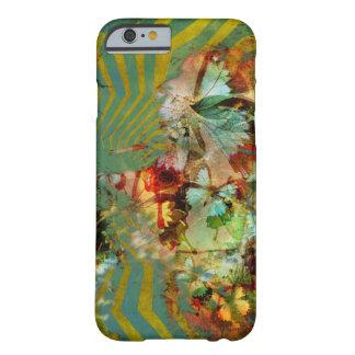 El Mishmash de la mariposa del capricho estalló el Funda Barely There iPhone 6