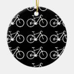 el modelar blanco y negro de las bicicletas ornamento de reyes magos