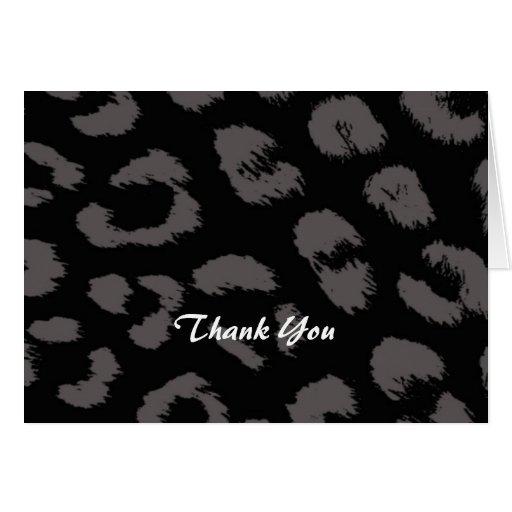 El modelo negro y gris del leopardo le agradece felicitaciones