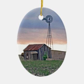 El molino de viento adorno navideño ovalado de cerámica