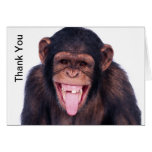 El mono de risa le agradece tarjeta