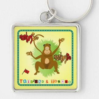 El mono de Trinidad and Tobago ve el mono hacer Llavero Cuadrado Plateado
