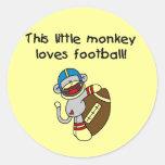 El mono del calcetín ama las camisetas y los regal pegatinas redondas