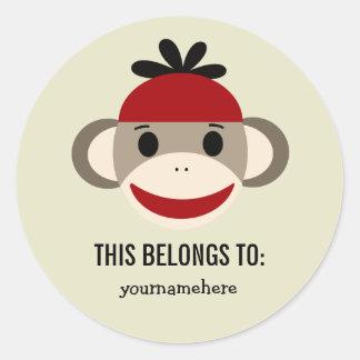 El mono del calcetín ESTO PERTENECE a los Etiquetas Redondas