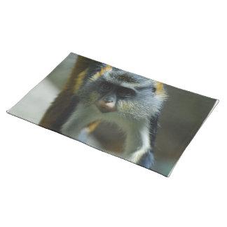 El mono del lobo lindo manteles