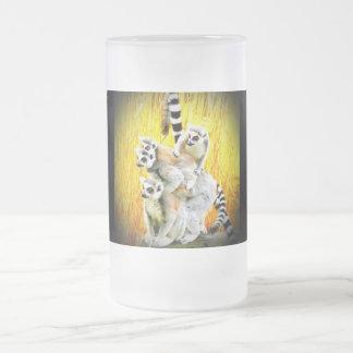 El mono ve, mono hace taza de cristal