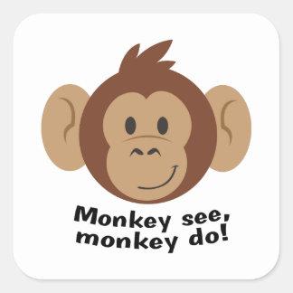El mono ve pegatina cuadrada