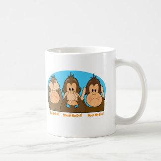 El mono ve que hablar oiga taza