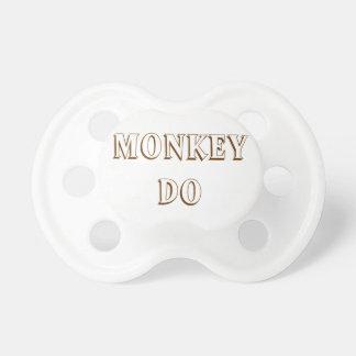El mono ve y mono para hacer los pacificadores par chupetes