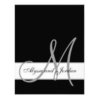 El monograma blanco y negro nombra a la recepción invitaciones personalizada