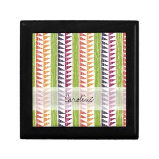 El monograma Ikat geométrico multicolor raya el Cajas De Joyas