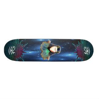 El monopatín de ofrecimiento skateboard