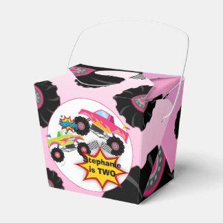 El monster truck embroma cumpleaños del chica cajas para regalos