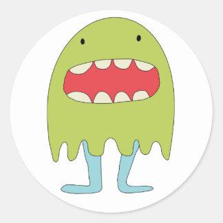 El monstruo verde ríe =) classic round sticker