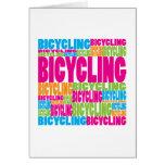 El montar en bicicleta colorido tarjetas