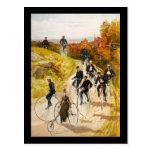 El montar en bicicleta de Hy Sandham Postal