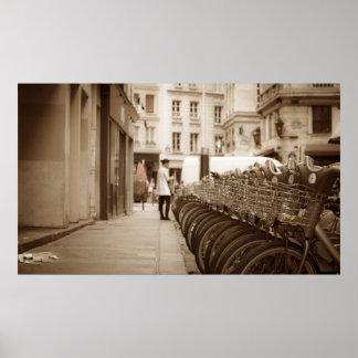 El montar en bicicleta de París Póster