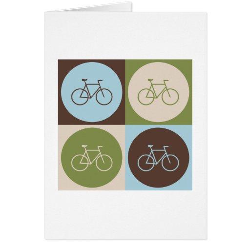 El montar en bicicleta del arte pop felicitaciones