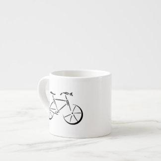 El montar en bicicleta taza espresso