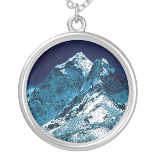 El monte Everest Colgante Redondo