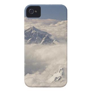 El monte Everest iPhone 4 Case-Mate Carcasas