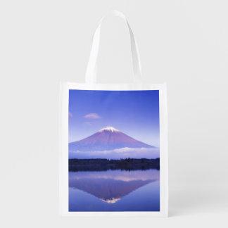 El monte Fuji con la nube lenticular, lago Motosu, Bolsas De La Compra