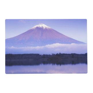 El monte Fuji con la nube lenticular, lago Motosu, Tapete Individual