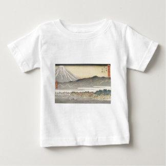El monte Fuji hermoso en Japón circa 1800s Playera De Bebé
