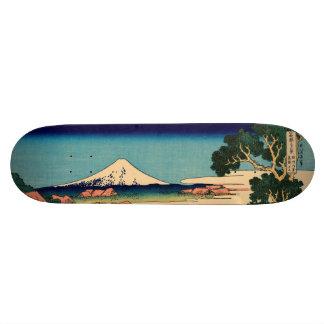 El monte Fuji visto de la plantación de té Monopatines