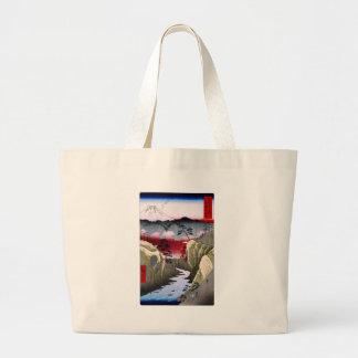 El monte Fuji y pájaros en Japón circa 1800s Bolsas De Mano