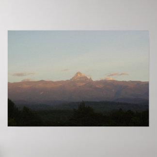 El monte Kilimanjaro 1 Póster