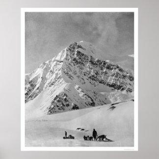 El monte McKinley majestuoso 1908 Póster