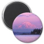 El Monte Rainier en la puesta del sol, estado de Imán Redondo 5 Cm